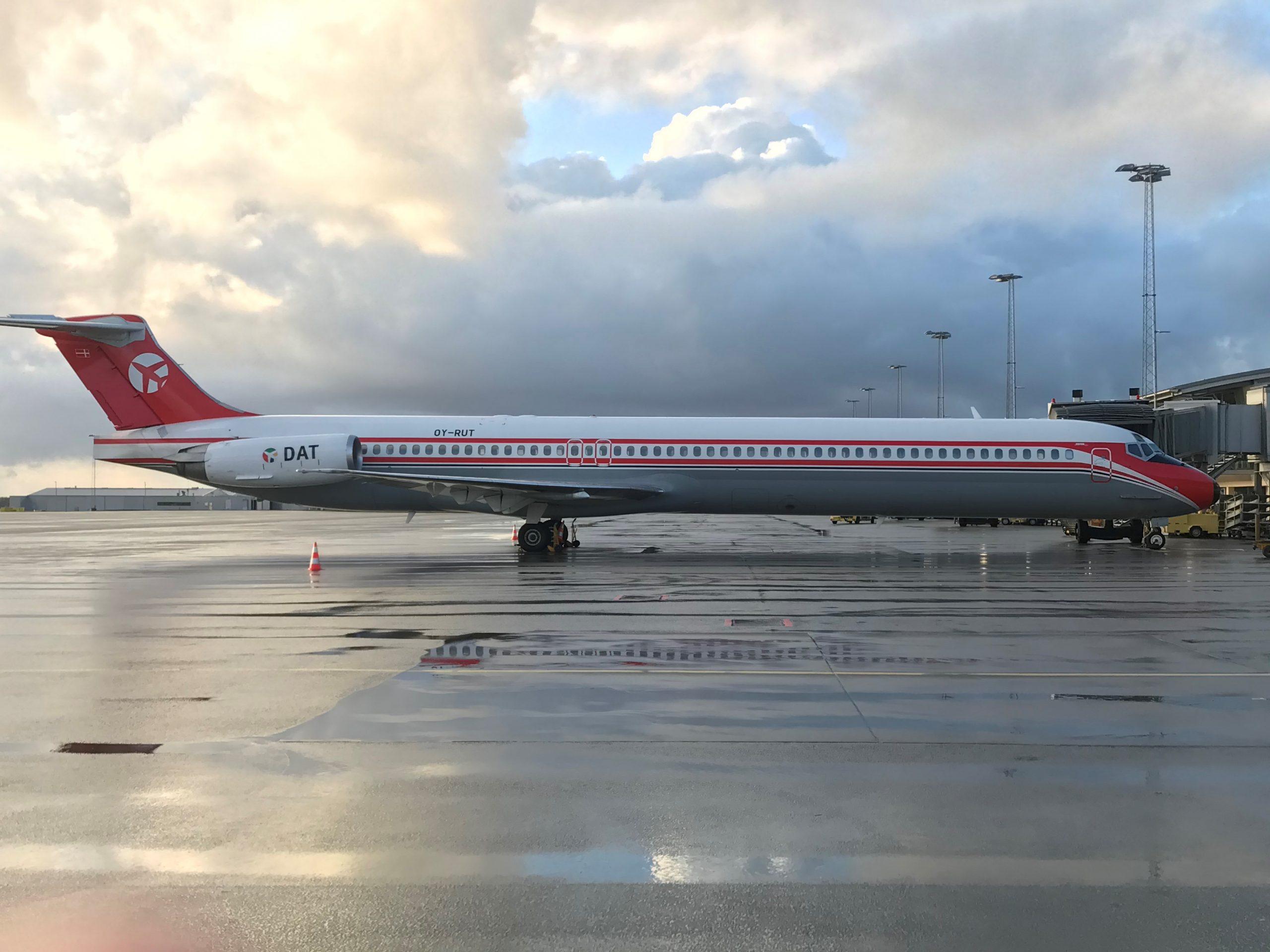 McDonnell Douglas MD-82 fra DAT i Billund Lufthavn. (Foto: Ole Kirchert Christensen)