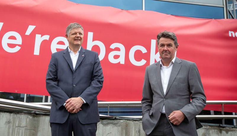 Norwegians daværende koncernchef Jacob Schram (t.v.) og Geir Karlsen, den tidligere finansdirektør og nyudnævnt koncernchef. (Foto: Foto: Bo Mathisen)