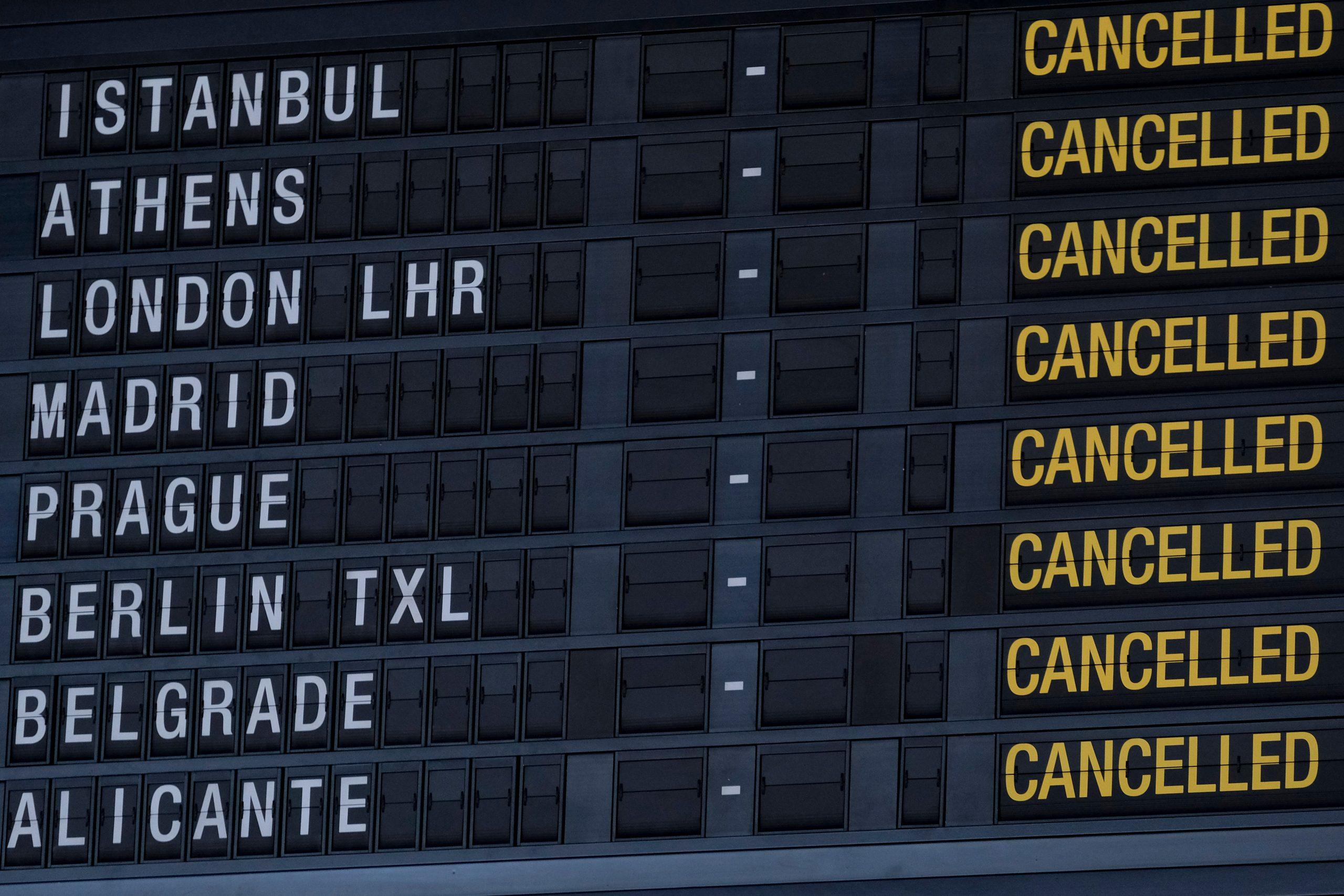 Afgangstavle i Brussels Airport. (Foto: Alexandros Michailidis   Shutterstock)