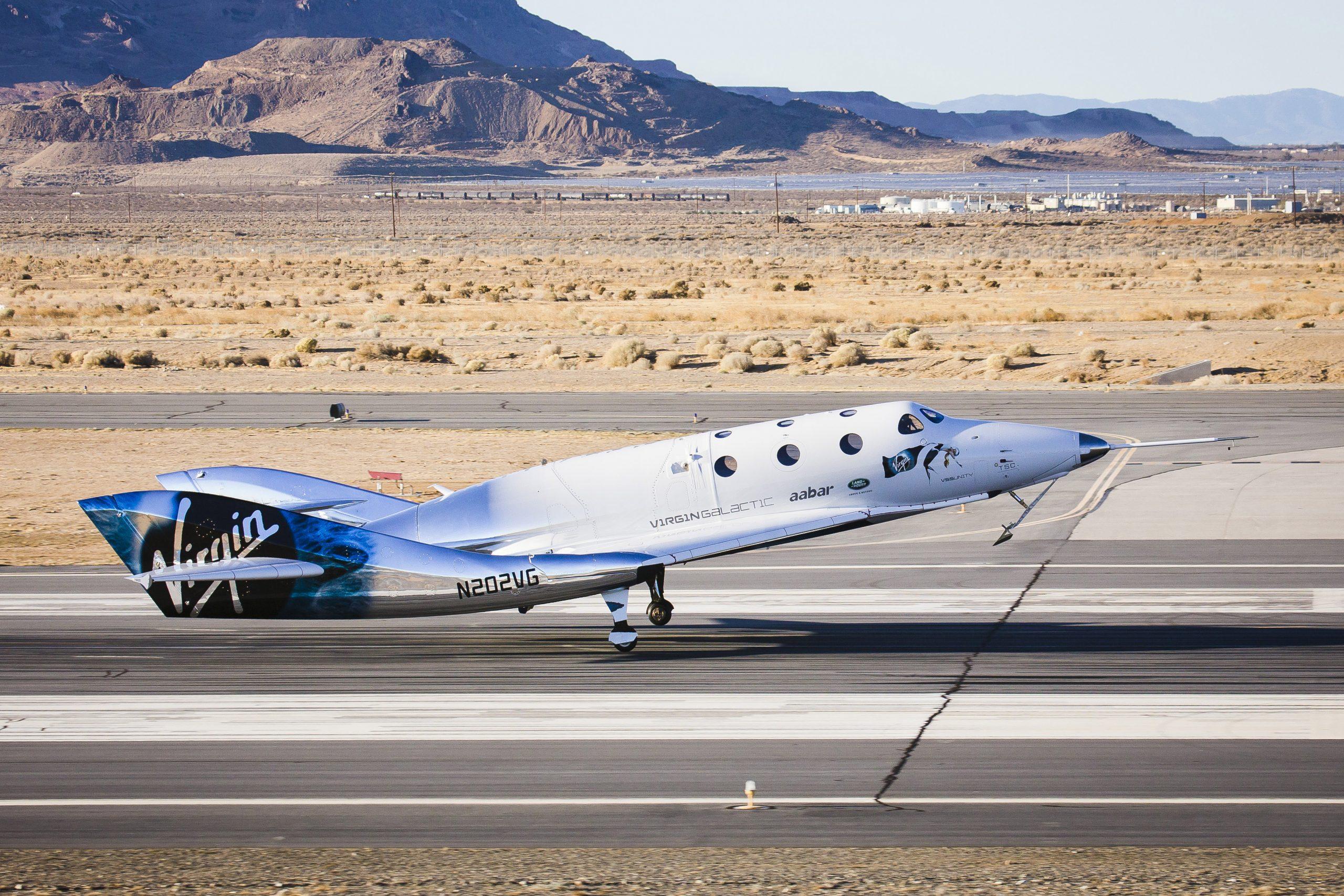 Rumfartøjet VSS Unity fra Virgin Galactic i en landing i Mojave-ørkenen i USA. Foto: Virgin Galactic