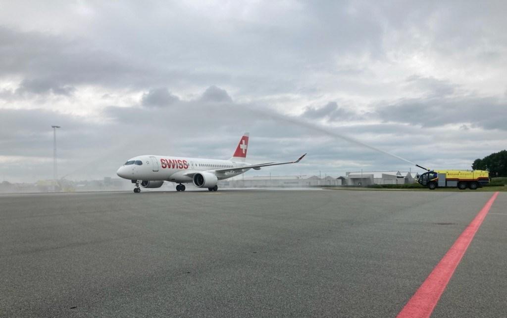 Airbus A220-100 fra SWISS ved første ankomst til Billund Lufthavn. (Foto: BLL)