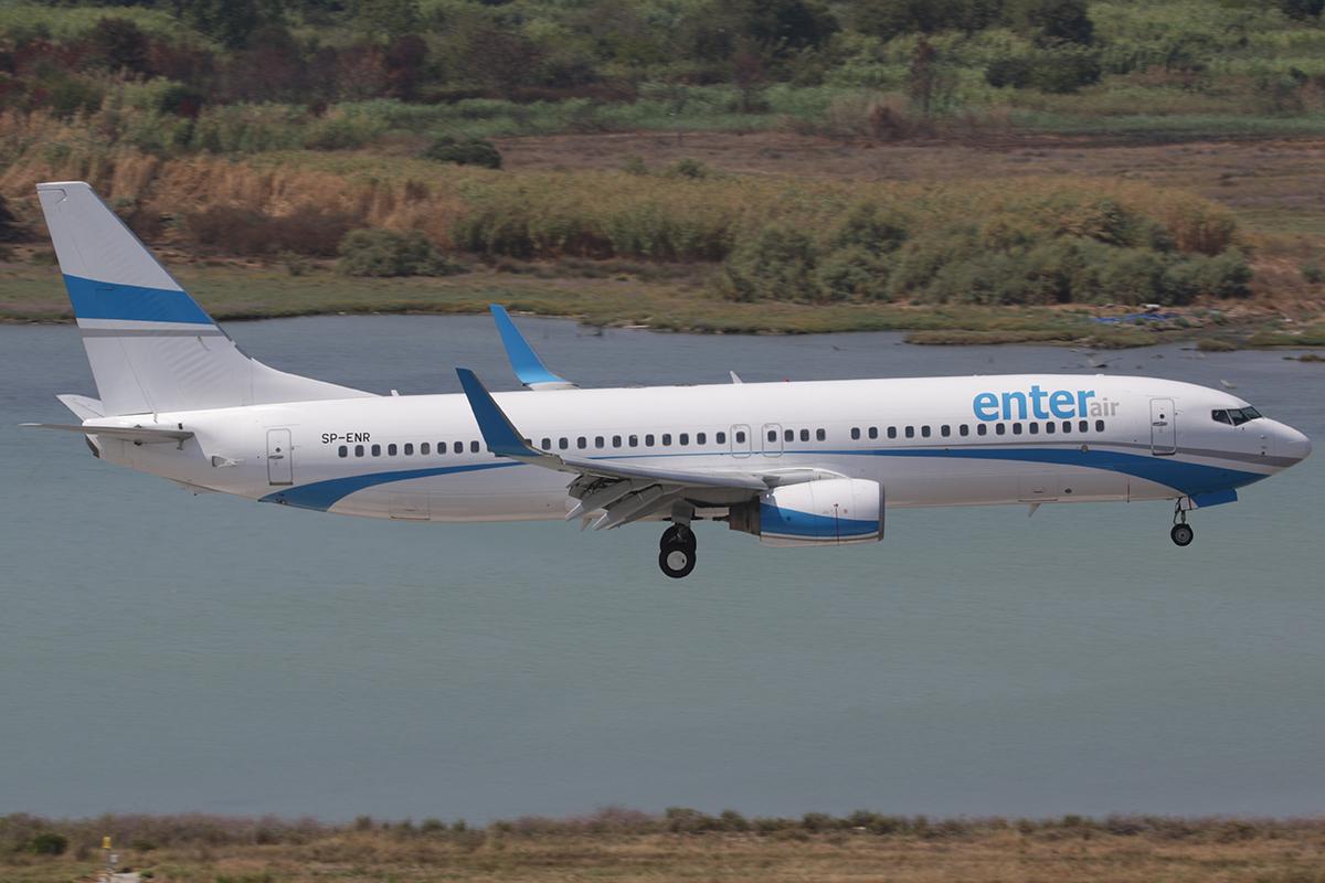 En Boeing 737-800 fra det polske charterflyselskab Enter Air, som skal lease et fly til Tel Aviv Air. Foto: Bram Steeman, CC 2.0
