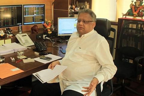 Den indiske milliardær Rakesh Jhunjhunwala vil lancere et nyt lavprisflyselskab. Foto: Swarajyamag.com