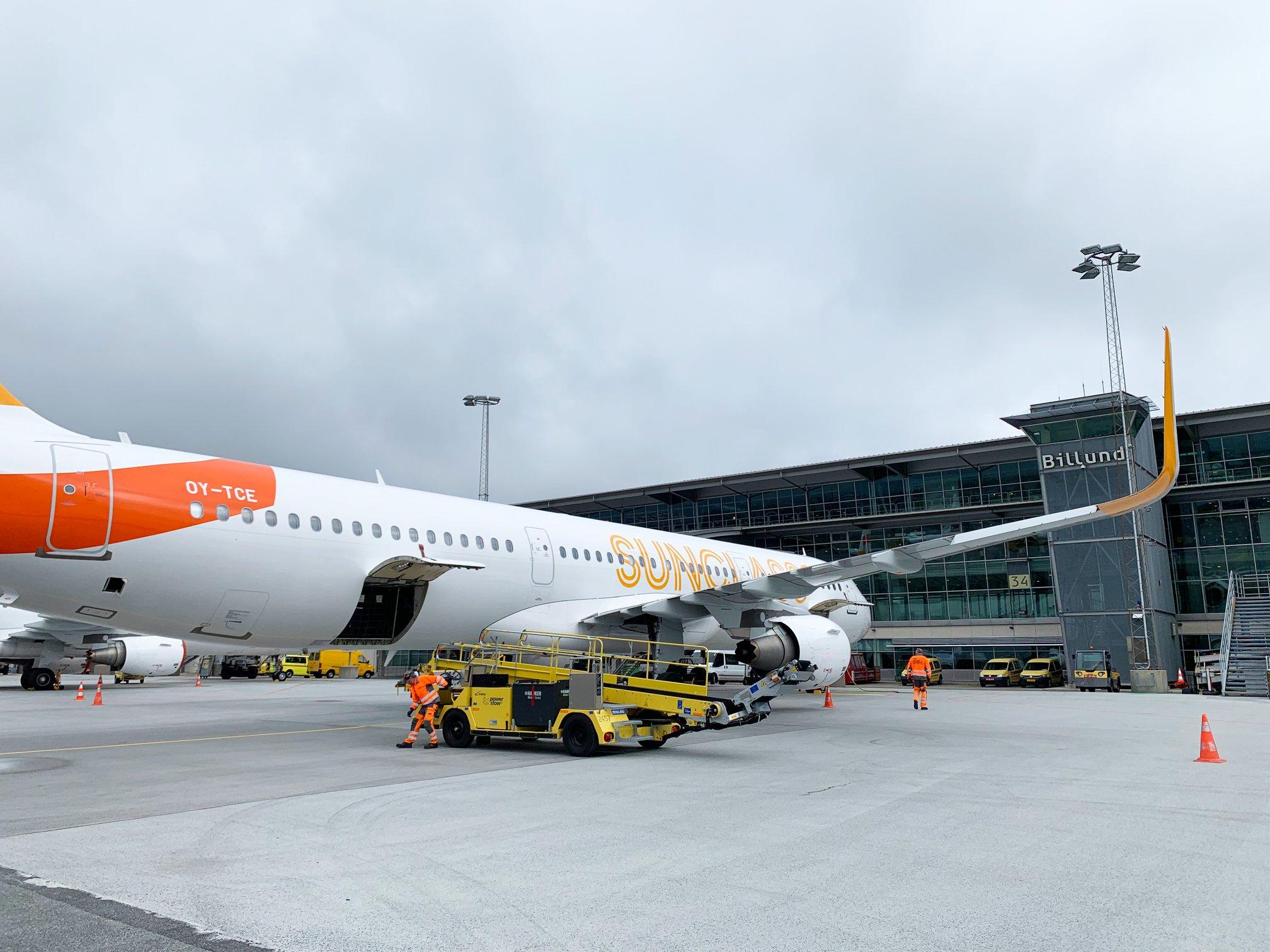 Airbus A321-fly fra Sunclass Airlines i Billund Lufthavn. (Foto: Billund Lufthavn | Facebook)