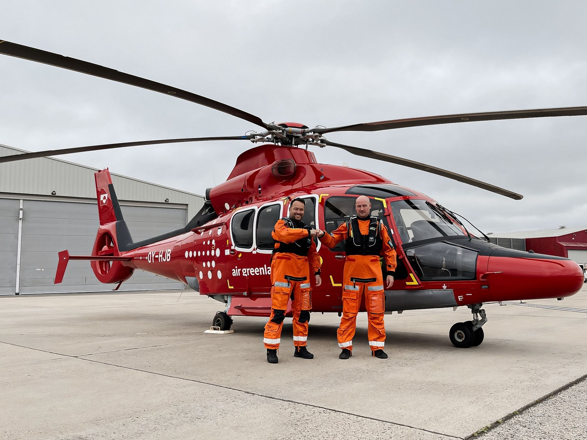 Air Greenlands nye helikopter ved afgangen fra Belgien. (Foto: Air Greenland)