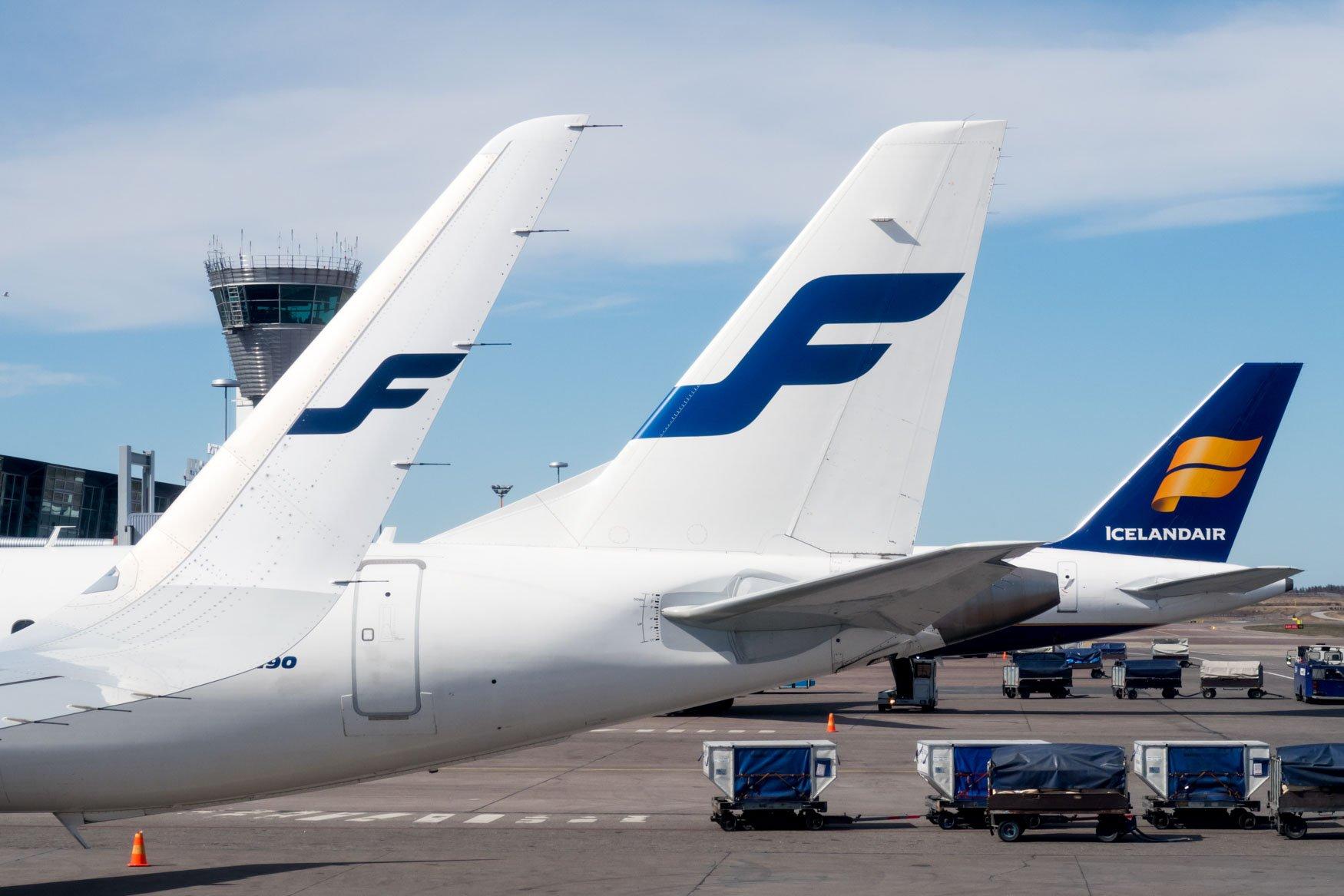 Finnair og Icelandair side om side i Helsinki Airport. (Foto: Keishi Nukina)