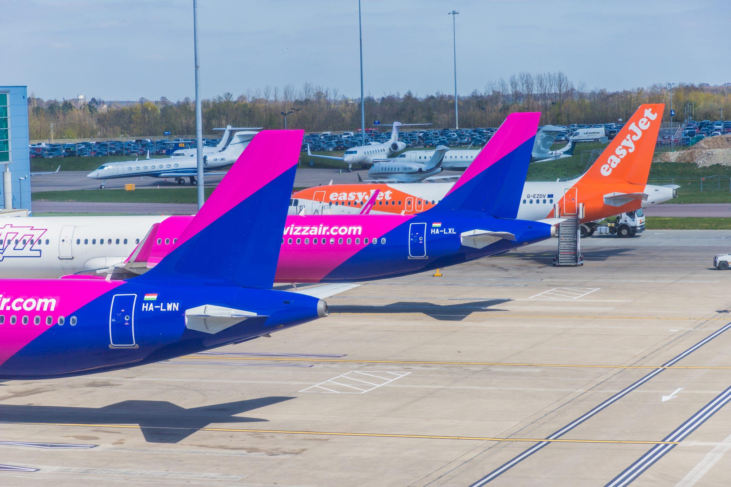 Fly fra Wizz Air og easyJet i London Luton Airport. (Foto: Chrispictures   shutterstock)