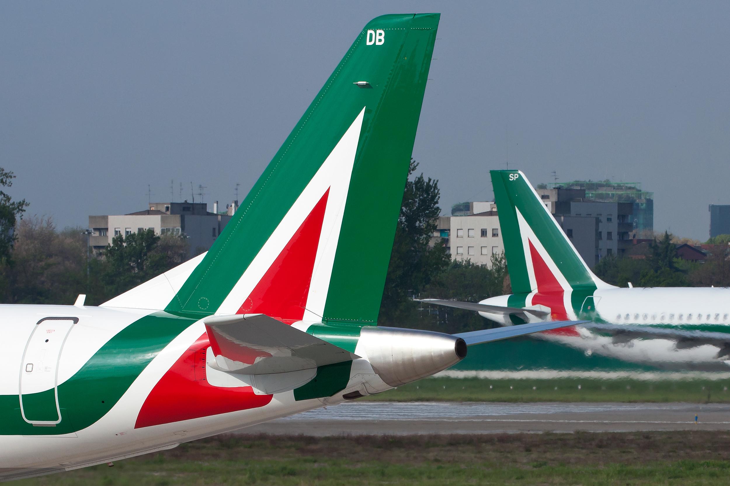 Alitalia-fly i Milanos Linate-lufthavn. (Foto: Davide Calabresi | shutterstock)