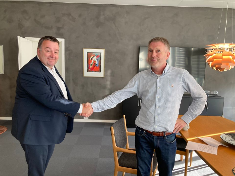 Claus Jensen, formand for Dansk Metal og Henrik Thyregod fra Dansk Pilotforening.  (Foto: Dansk Metal   PR)
